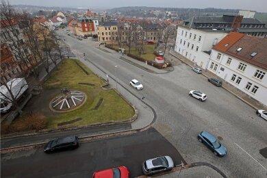 Blick auf die Chemnitzer Straße in Meerane. Hier sollen zwei Kreisverkehre entstehen.