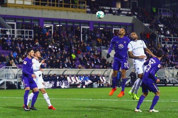 FC Erzgebirge Aue gewinnt gegen SV Darmstadt 98.