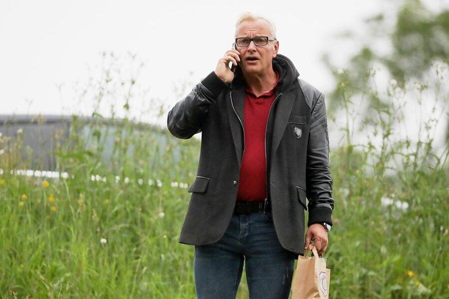 FCE-Geschäftsführer Michael Voigt muss sparen.