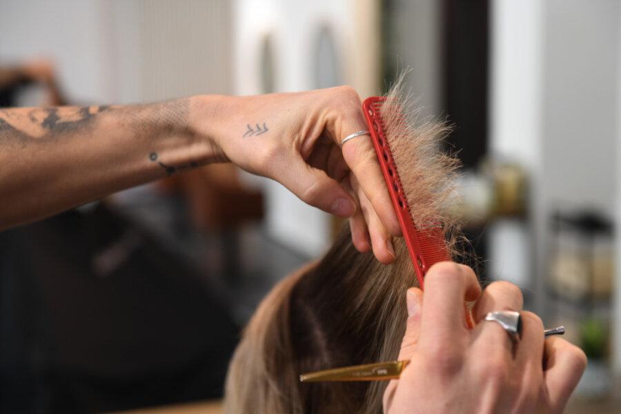 Der erste Haarschnitt nach dem Lockdown: Wie viel uns unsere Haare bedeuten