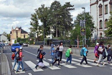 Am Aktionstag im Blickpunkt: Zebrastreifen, so wie der vor dem Bildungszentrum in Frankenberg.