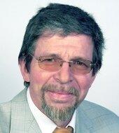 Ludwig Gramlich            -                Professor für öffentliches Recht