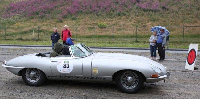 Eine Wertung endete am Oberbecken des Pumpspeicherwerks - hier Hans-Jürgen Daffner und Jörg Keichel im Jaguar E-Type, Baujahr 1967.