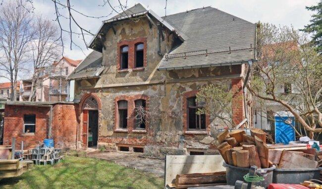 Das einstige sogenannte Gärtnerhaus wird zu einem Einfamilienhaus umgebaut.