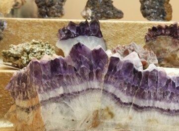 Ein Amethyst aus Thermalbad Wiesenbad.
