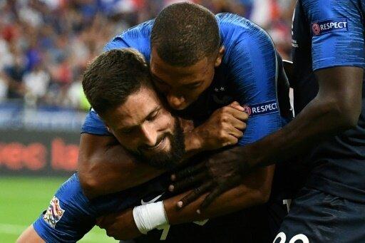 Frankreich besiegt die Niederlande mit 2:1