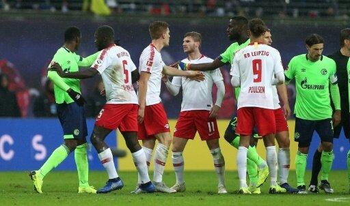 Leipzig und Schalke trennen sich torlos
