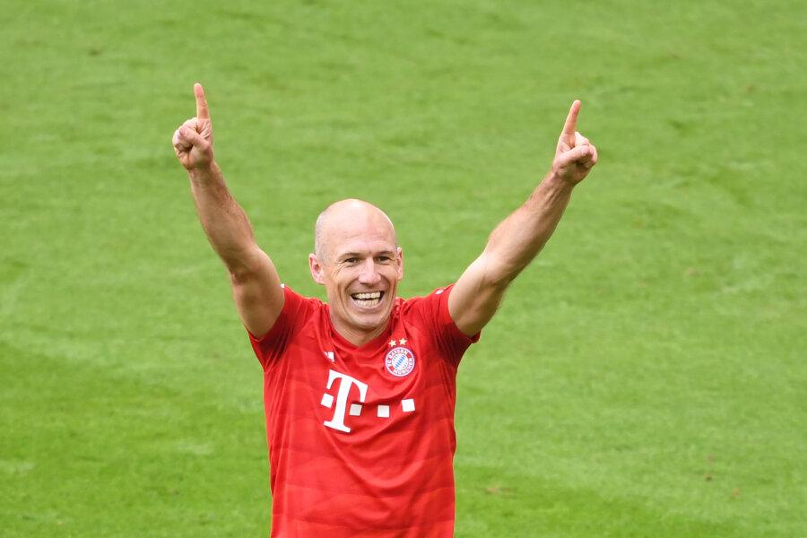 FC Bayern München ist zum siebten Mal in Folge deutscher Fußball-Meister