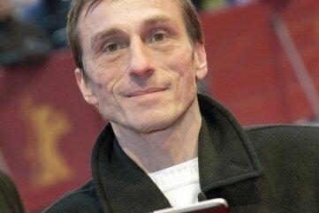 Der gebürtige Erzgebirger André Hennicke liest am Sonntag im Erzhammer.