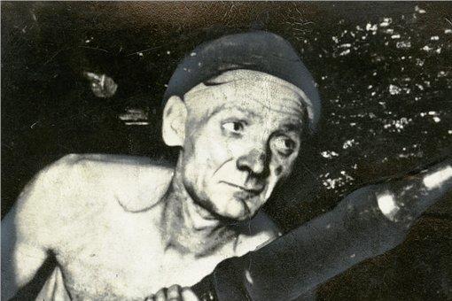 24,4 Kubikmeter Steinkohle hat Adolf Hennecke in der Rekordschicht gefördert.