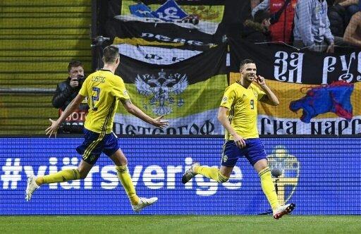 Berg bejubelt den zweiten Treffer der Schweden
