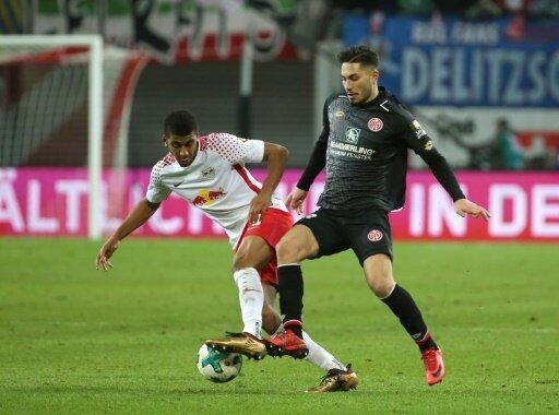 Suat Serdar unterschreibt bei Schalke 04