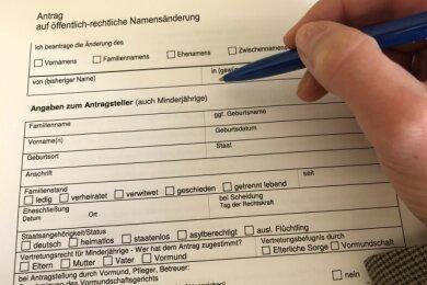 Eine gewünschte Namensänderung brachte für eine Erzgebirgerin unerwartete Schwierigkeiten.