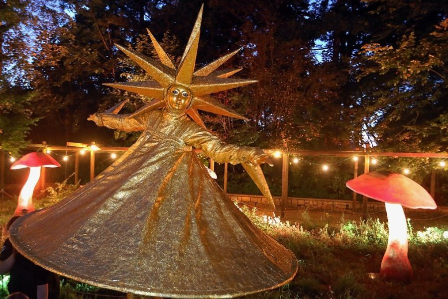 Lichter- und Lampionfest: Sternenwesen bevölkern Lichtensteins Stadtpark