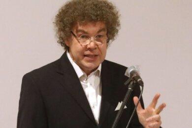 Im Januar wurde der Leipziger Matthias Moosdorf in der Glauchauer Sachsenlandhalle mit deutlichem Vorsprung zum AfD-Direktkandidaten gewählt. Ob dieses Votum Bestand hat, ist inzwischen unklar.
