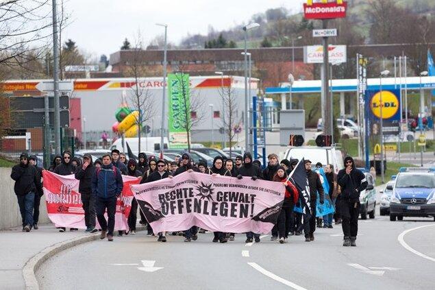 80 Teilnehmer bei Demonstration der Antifaschistischen Aktion Erzgebirge in Annaberg-Buchholz
