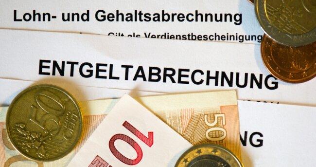 Im Erzgebirge wird laut Statistik noch immer weniger Lohn und Gehalt für Vollzeitjobs gezahlt als in vielen anderen Regionen Deutschlands.