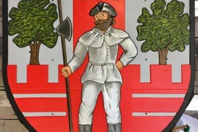 Dieses Thurmer Wappen kommt anlässlich des 700-jährigen Bestehens des Ortes an die große Kreuzung in dem Mülsener Ortsteil.