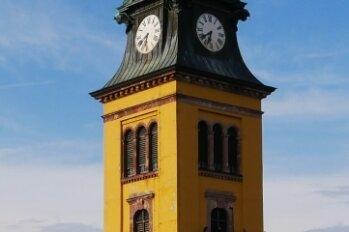 Vom Turm der Stadtkirche Augustusburg erklingt am Samstag wieder Musik.