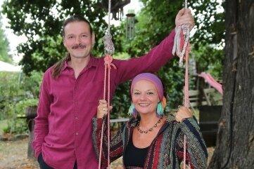 Haben schon einige Programme gemeinsam gestaltet: Sopranistin Annett Illig und Liedermacher Olaf Stelmecke.