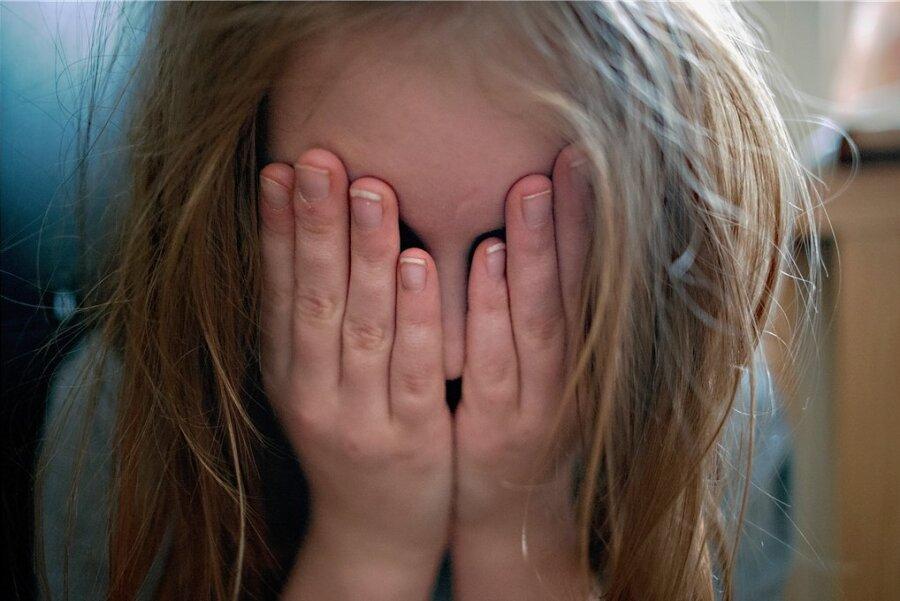 Angstzustände, anhaltende Traurigkeit: Kinder haben unter der Isolation während der Coronapandemie besonders gelitten