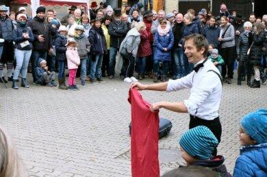 Der gebürtige Ire Shiva Grings trieb bei seinem Auftritt im Hofmarkt Ziegs Schabernack.