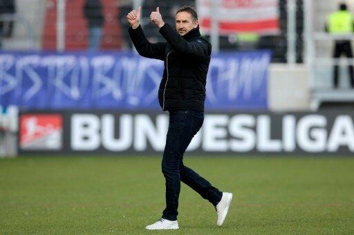 Coach Beierlorzer siegt mit Regensburg in Fürth mit 2:1