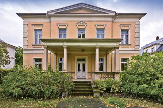 Denkmalg. Villa im Gründerzeitstil in Crimmitschau / Mindestgebot 195.000 Euro