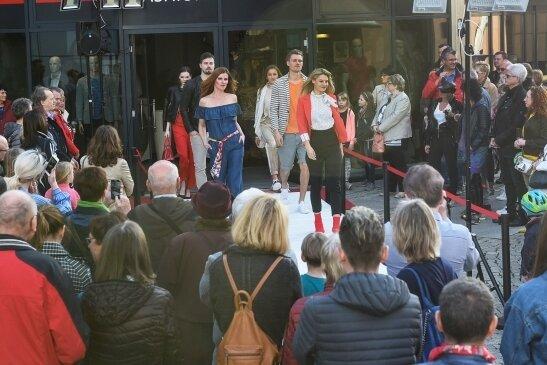 Verzichteten die Veranstalter beim Fashion Day im Juli auf Modenschauen, soll es sie am Samstag wieder geben.