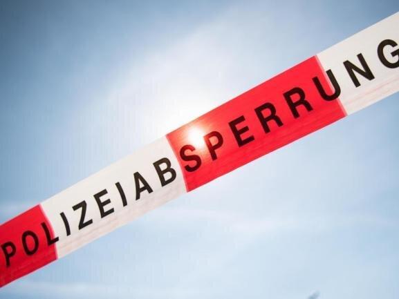 Scheiben von Leipziger Thomaskirche und Thomashaus zerstört
