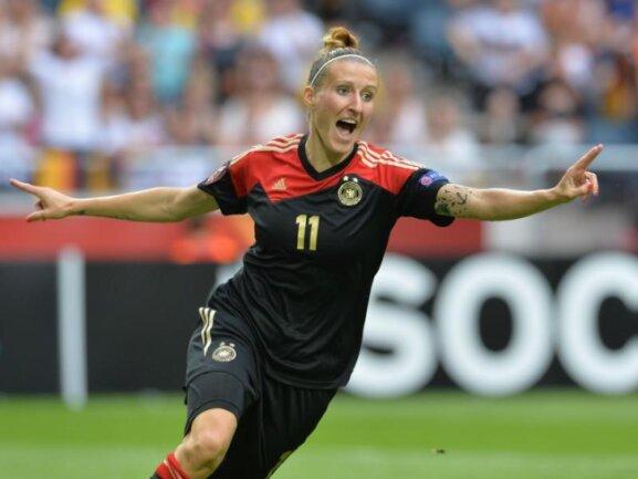 Anja Mittag im Trikot der Deutschen Nationalmannschaft.