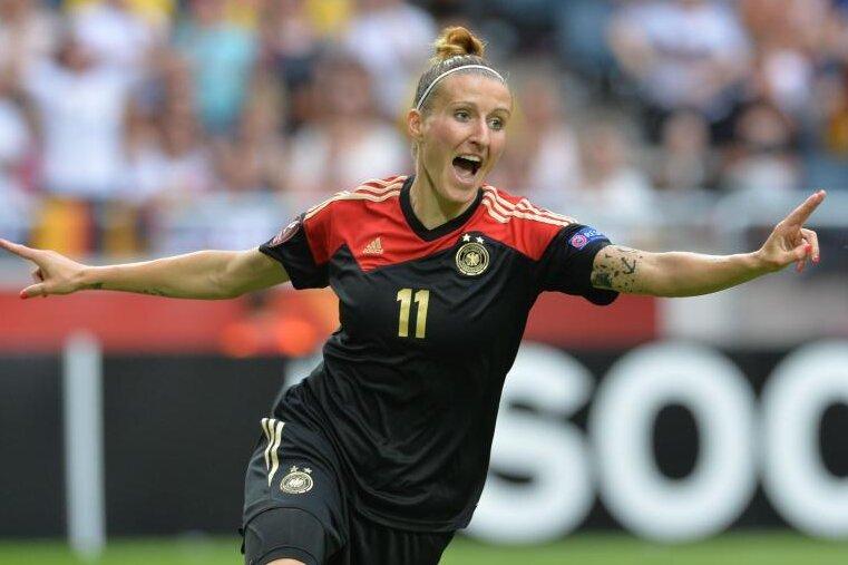 Fußball: Ex-Nationalspielerin Anja Mittag aus Chemnitz beendet Profikarriere
