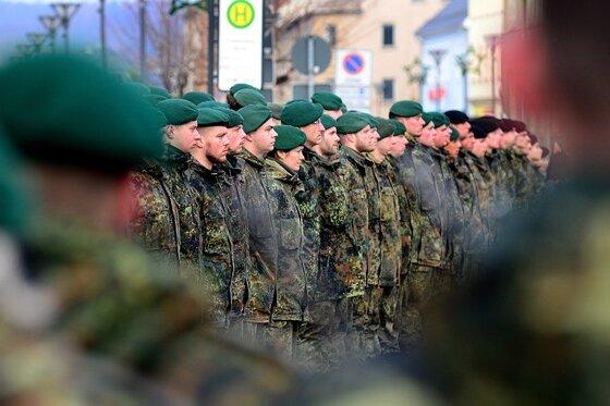 In Frankenberg sind gestern die ersten Bundeswehrsoldaten zu einem neuen Einsatz nach Afghanistan verabschiedet worden.