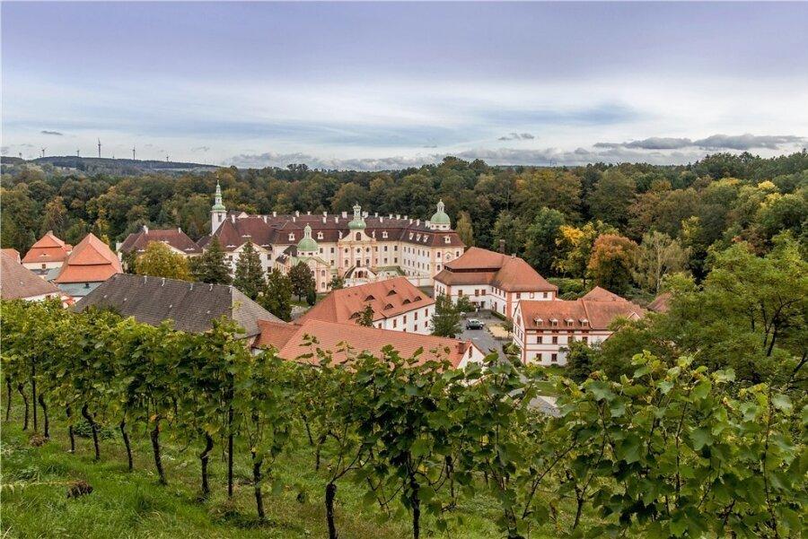 Idyllische Lage: St. Marienthal ist das östlichste Kloster Deutschlands mit dem östlichsten Weinberg des Landes.
