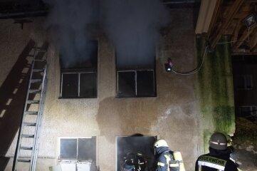 Gegen 22.30 Uhr war der Brand gemeldet worden.