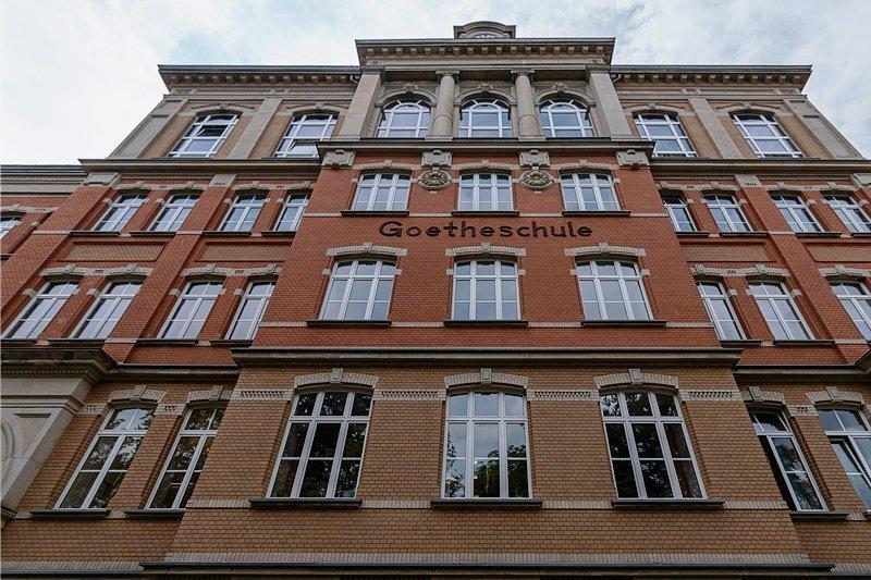 Gymnasium Auerbach: 19.55 Uhr schnappte die Polizei den mutmaßlichen Erpresser