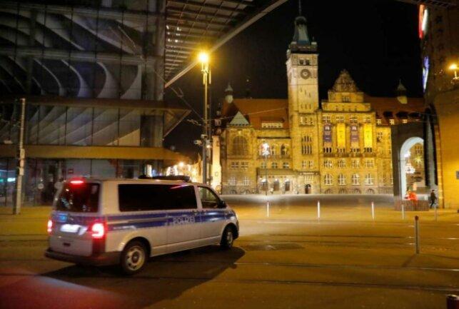 Die Polizeidirektion Chemnitz teilte mit, dass Silvester aus polizeilicher Sicht ruhiger als in den Vorjahren verlaufen sei.