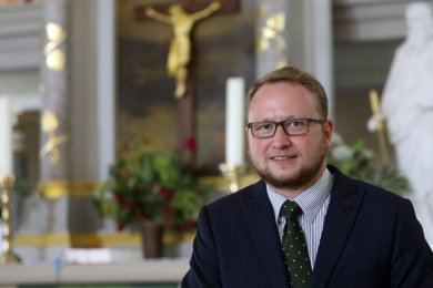 Die Gemeinde Lobsdorf-Niederlungwitz, Reinholdshain bekommt mit Philipp Körner einen neuen Pfarrer.