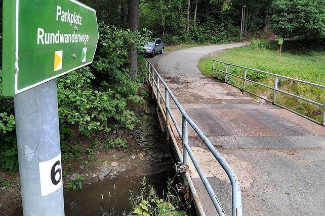 "<p class=""artikelinhalt"">Brücke über Striegis in Mobendorf soll saniert werden. Doch zunächst lässt man brütenden Vögeln den Vortritt. </p>"