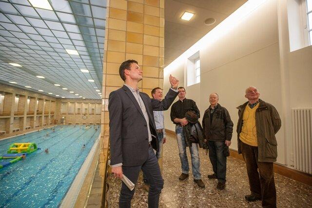 Mobile Wände sollen Stadtbad künftig vor Hochwasser schützen