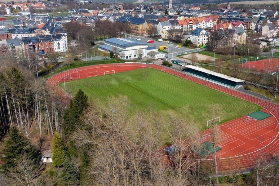 Das Falkensteiner Stadion bietet beste Verhältnisse für Leichtathleten und ist die einzige genormte Anlage im Städteverbund.
