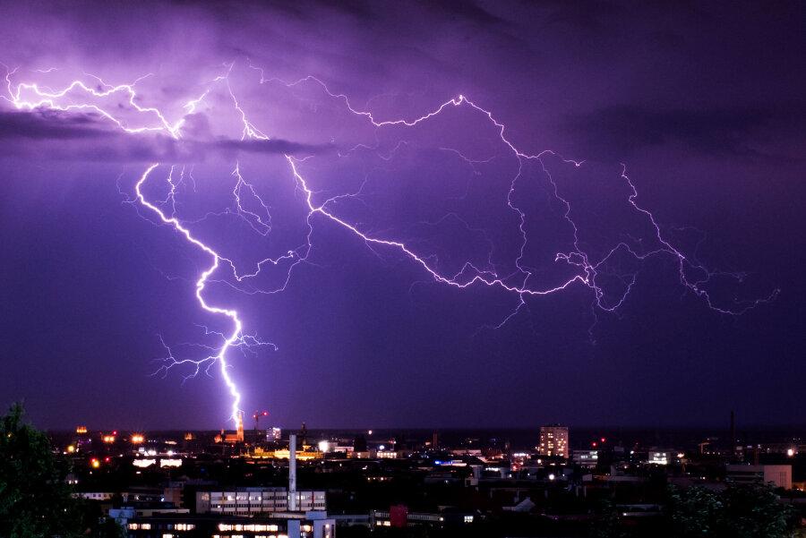 Wetterdienst gibt neue Unwetterwarnung für Sachsen heraus