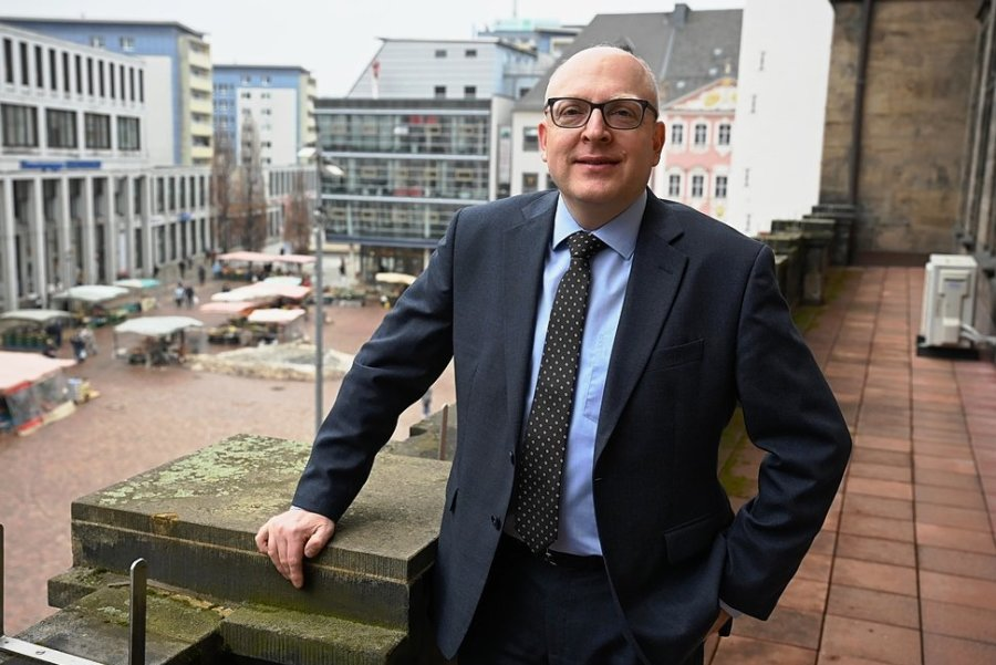 Um Handel und Gastronomie zu unterstützen, will Oberbürgermeister Sven Schulze möglichst viele Feste ermöglichen - und dabei großzügig mit Platzgebühren umgehen.