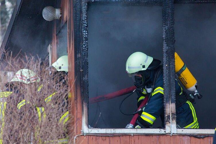 Marienberg: Gartenlaube niedergebrannt