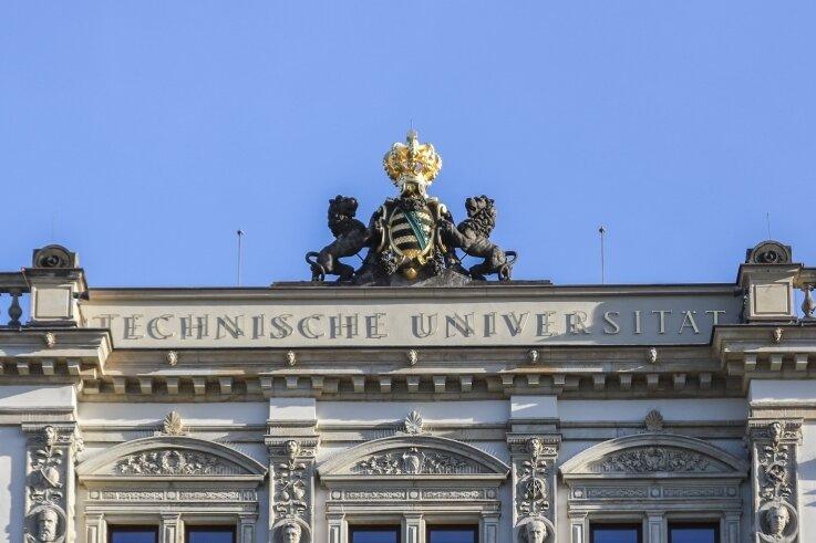 In einem länder- und fachübergreifenden Forschungsverbund sind Wissenschaftler der TU Chemnitz um Professorin Karin Leistner dabei, eine neue Materialklasse für IT und Biomedizin zu entwickeln.