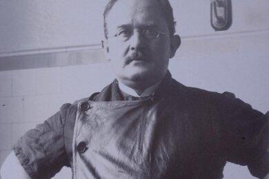 Paul Geipel war Medizinprofessor und Kunstsammler in Dresden. Er schenkte dem Glauchauer Museum den größten Teil seiner umfangreichen Sammlung.