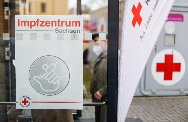 Auch das Impfzentrum in Plauen könnte doch länger offen bleiben.