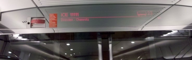 """<p class=""""artikelinhalt"""">Die Anzeige beweist es: Der ICE fährt nach Chemnitz. </p>"""