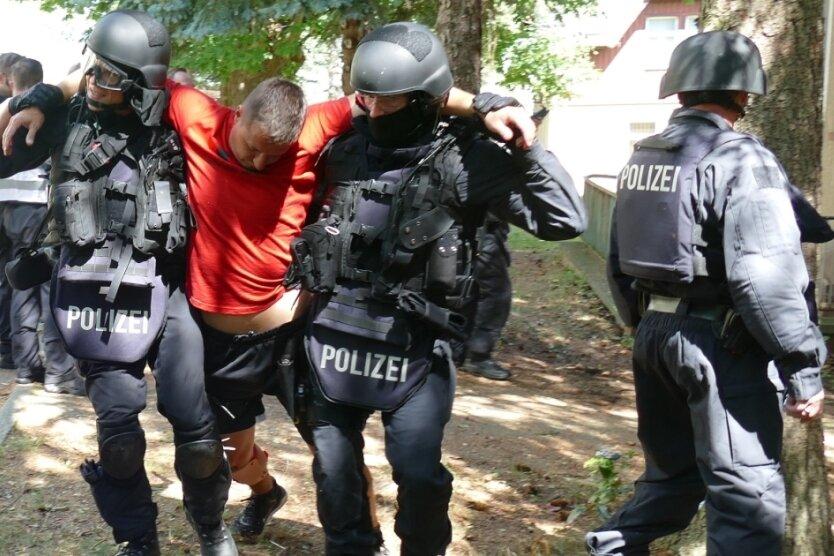Anschlag oder Amoklauf: Polizei und Rettungsdienst trainieren für den Ernstfall