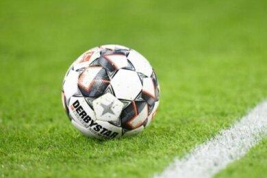 Der neue Wettbewerb im Fußball-Sachsenpokal hält gleich ein Duell zwischen zwei Teams des Kreisverbandes Mittelsachsen parat.